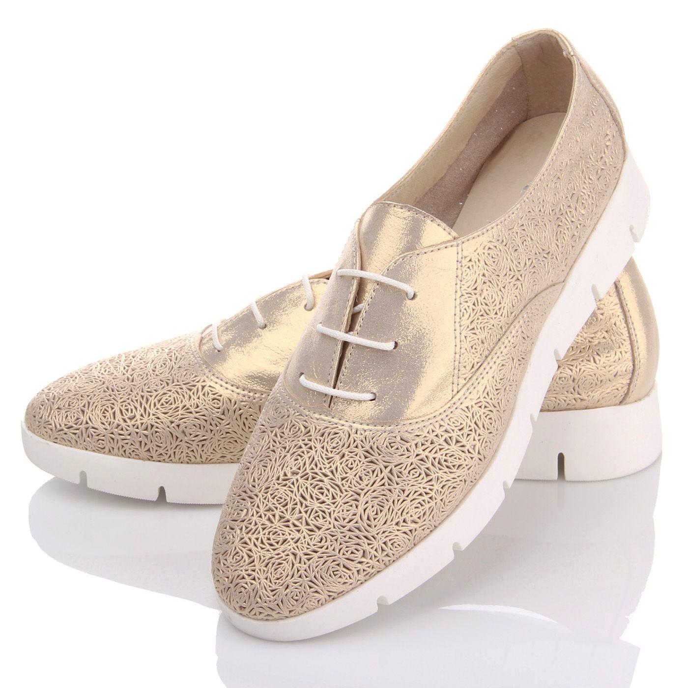 Яркие весенние женские туфли