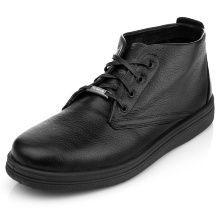 Практичные и удобные мужские ботинки