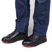 Кожаные кроссовки из натуральной кожи e9c63da43aa23