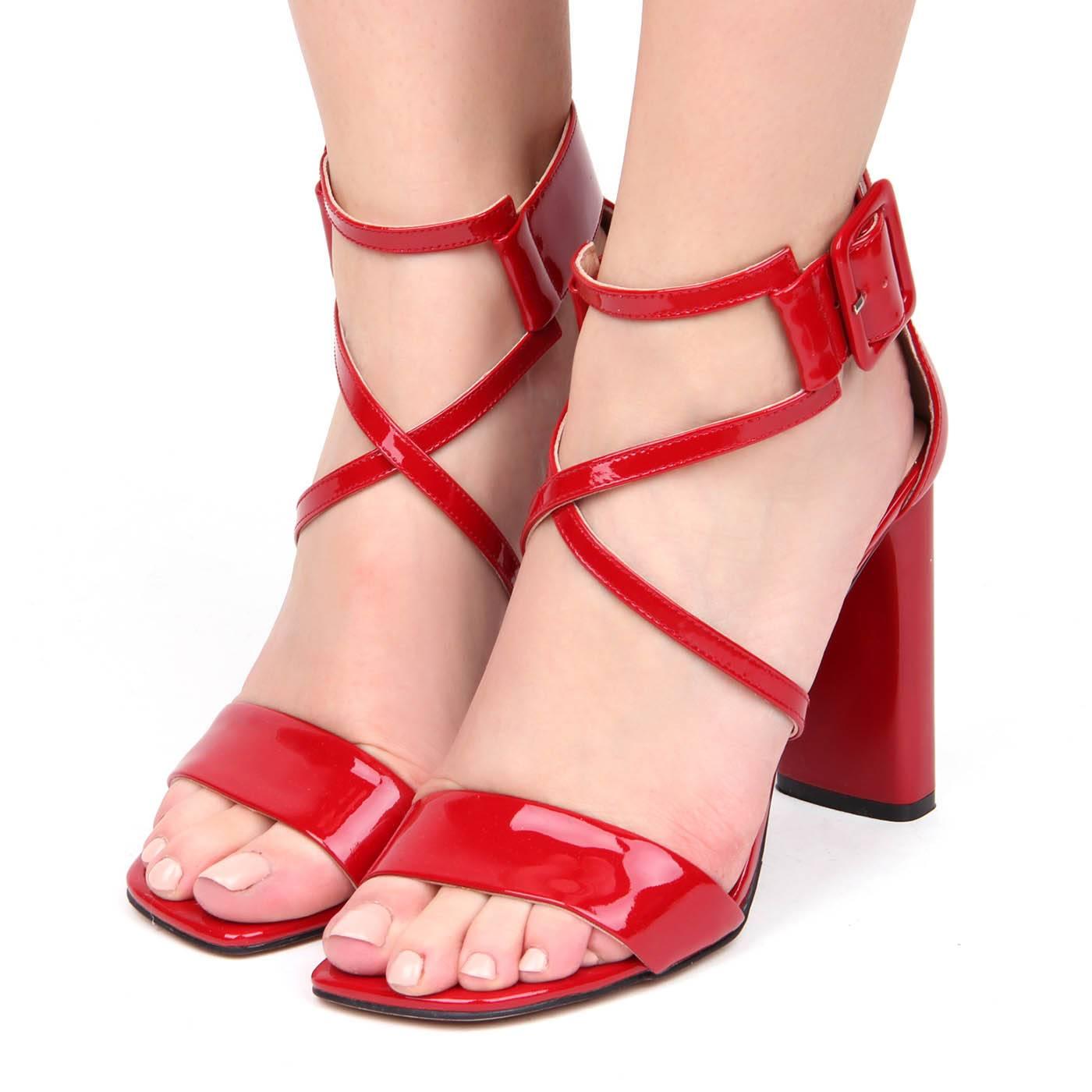Босоніжки жіночі Basconi 7423 Червоний купить по выгодной цене в ... 870705857ffbb