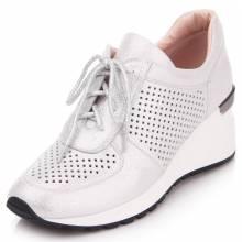 Купити жіноче шкіряне взуття в Києві 26ffcfd3016c4